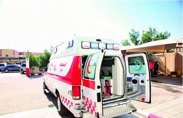 الهلال الأحمر يباشر 215 حالة ولادة في سيارات الإسعاف