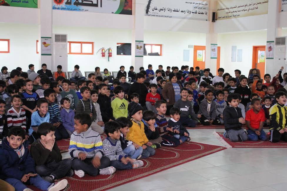 """طلاب جامعة القصيم يفحصون مشاكل السمنة لدى """"ألف"""" تلميذ بالرس"""