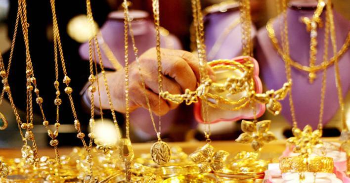 دراسة: لبس الذهب يضر بالصحة ويؤدي الى الاكتئاب