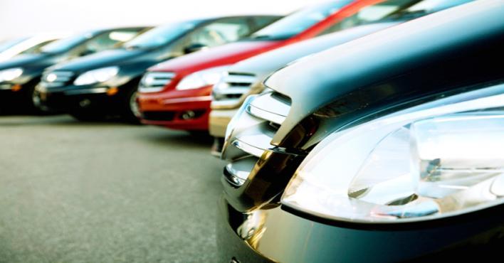 إيقاف الخدمات الحكومية عن 400 من مـلّاك مكاتب تأجير السيارات