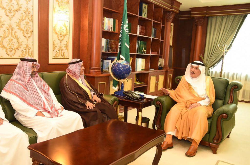 أمير جازان يلتقي وكيل وزارة البيئة والمياه