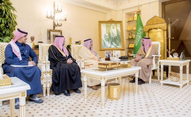 أمير القصيم يستقبل محافظ الهيئة العامة للمنشآت الصغيرة والمتوسطة