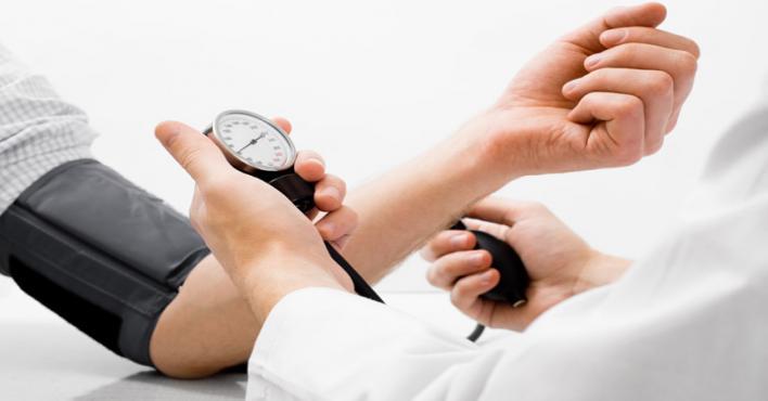فواكة ومواد غذائية تساعد على خفض مستوى ضغط الدم