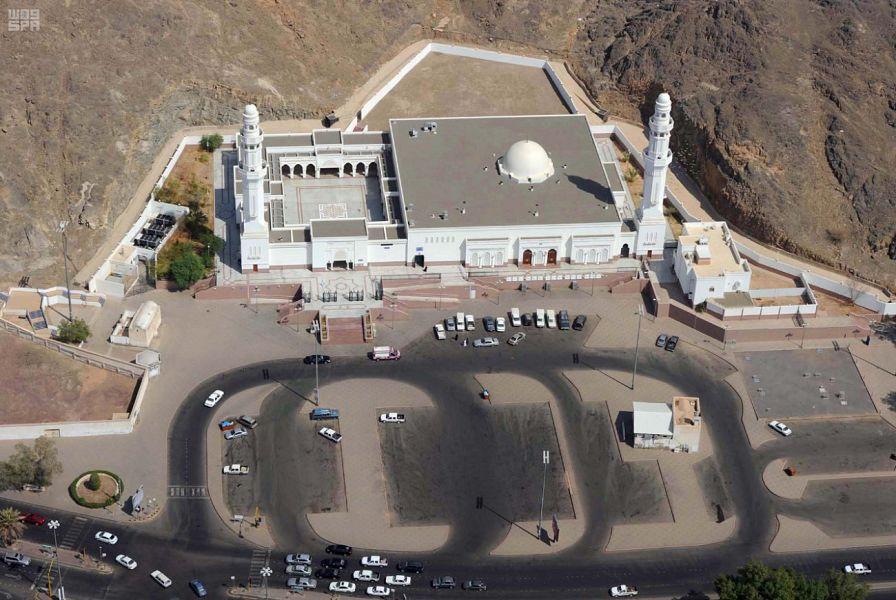"""""""المساجد السبعة"""".. محط أنظار زوّار المدينة المنورة"""