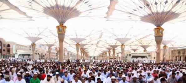 إمام المسجد النبوي : السعادة مطلب إنساني وغاية بشرية