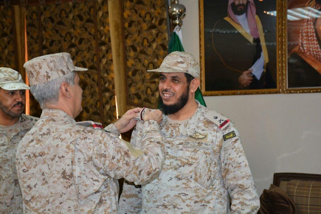 العميد عبدالله جعيد يتقلد رتبته الجديدة بعد صدور الأمر السامي بترقيته إلى لواء