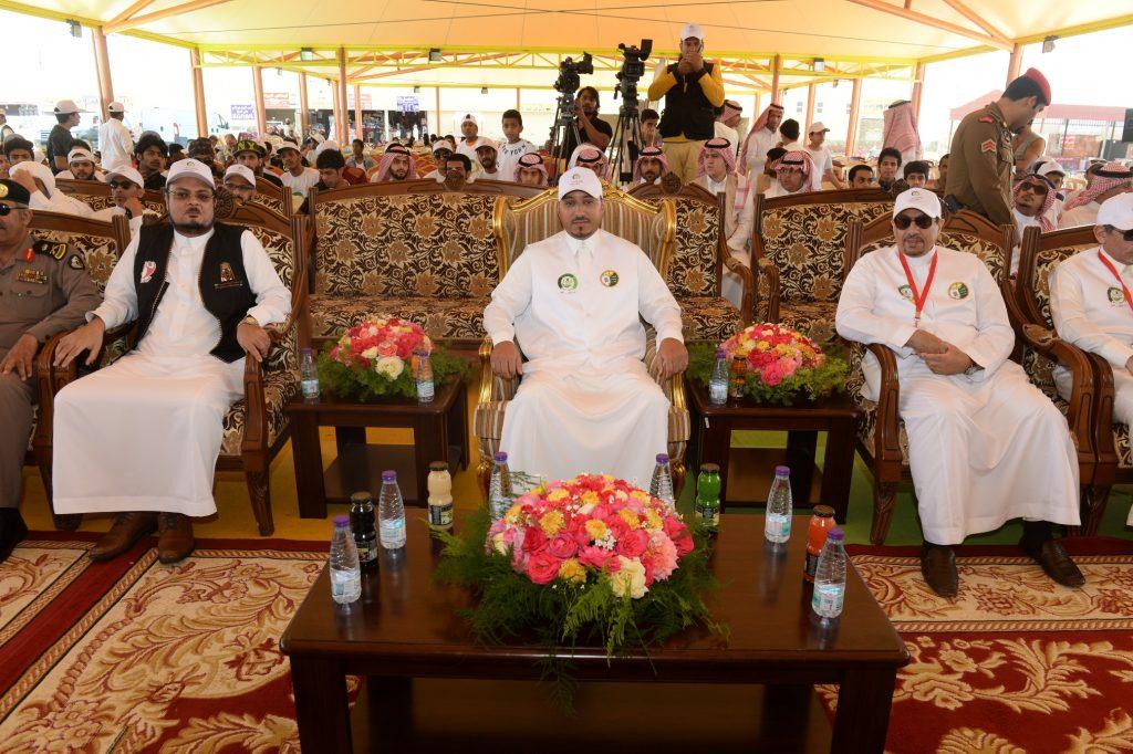 """ضمن مبادرة """"عسير أجمل"""".. الأمير منصور بن مقرن يدشن حملة """"النظافة دين وخلق"""""""