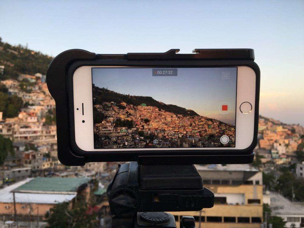 للحصول على صور احترافية بكاميرا آيفون.. 4 تطبيقات للاستفادة من كل مزايا التصوير في نظام iOS 10