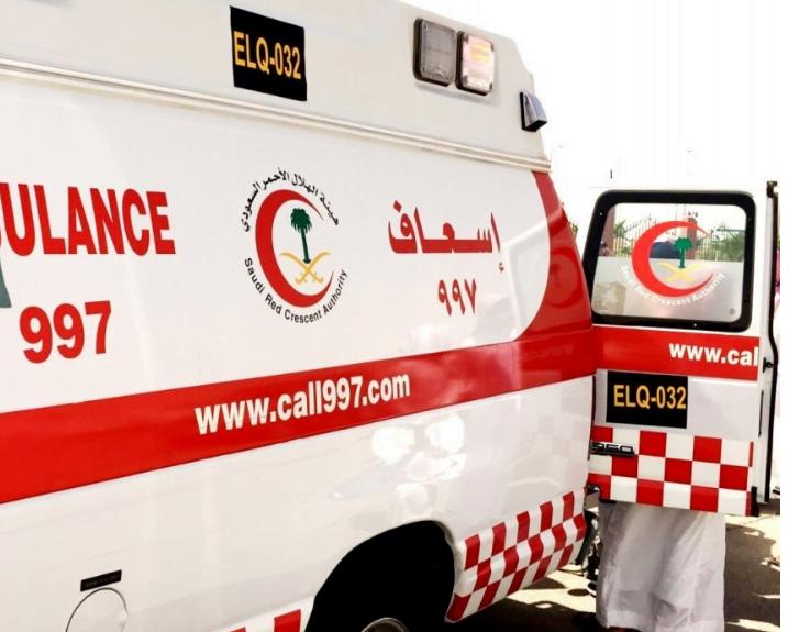 وفاة شخصين وإصابة ثلاثة آخرين في حادث تصادم بمشعر عرفات