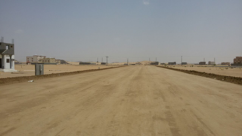 كمرحلة أولى وبتكلفة إجمالية 46 مليون .. إنجاز 50% من مشروع سفلتة مخططات منح بلدية في نجران