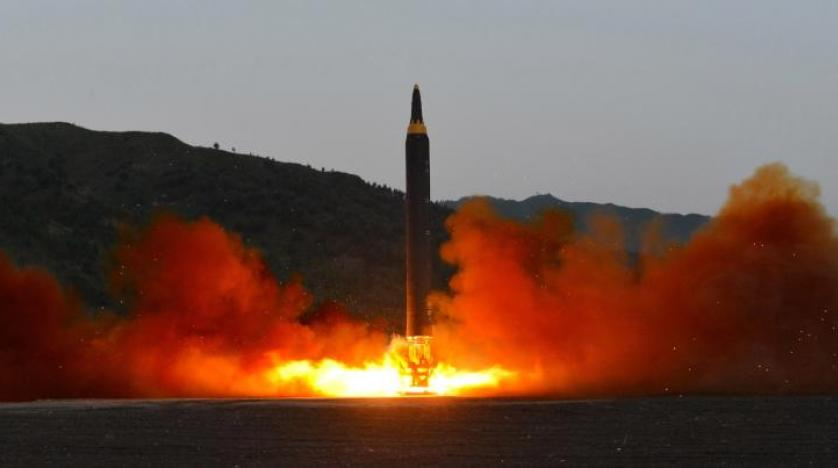 صاروخ كوريا الشمالية يضرب الأسهم ويحلق بالذهب والين