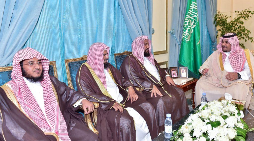 نائب أمير منطقة نجران يتسلم تقرير مشروع وقف عاصفة الحزم الخيري