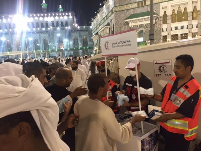هيئة الهلال الاحمر تحشد (2472) فرد من منسوبيها لخدمة حجاج بيت الله الحرام خلال موسم الحج