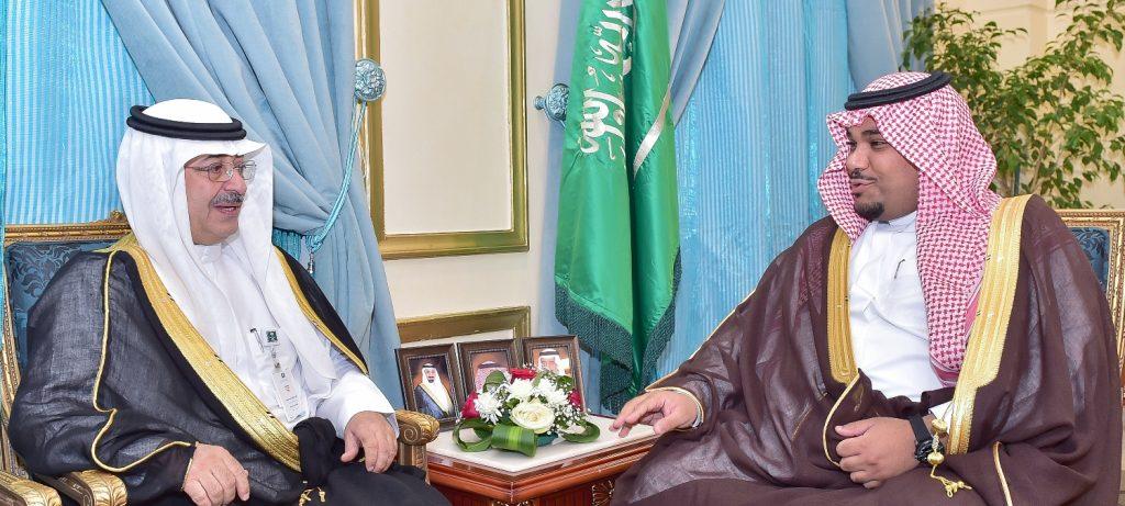 نائب أمير نجران يلتقي مدير فرع وزارة التجارة والإستثمار بالمنطقة