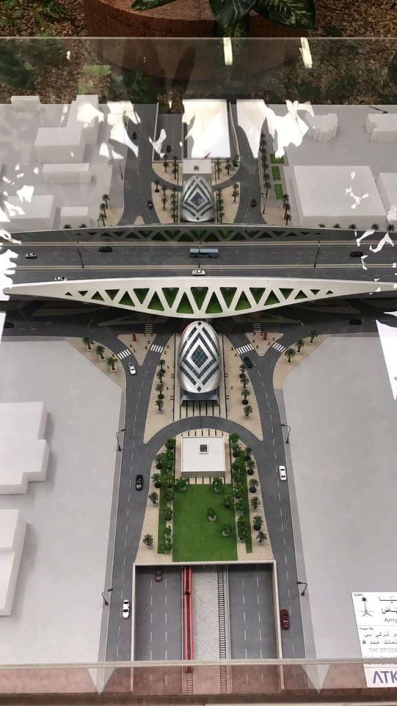 بالفيديو و الصور.. الأمير محمد بن عبدالرحمن يتفقّد مشروع قطار الرياض