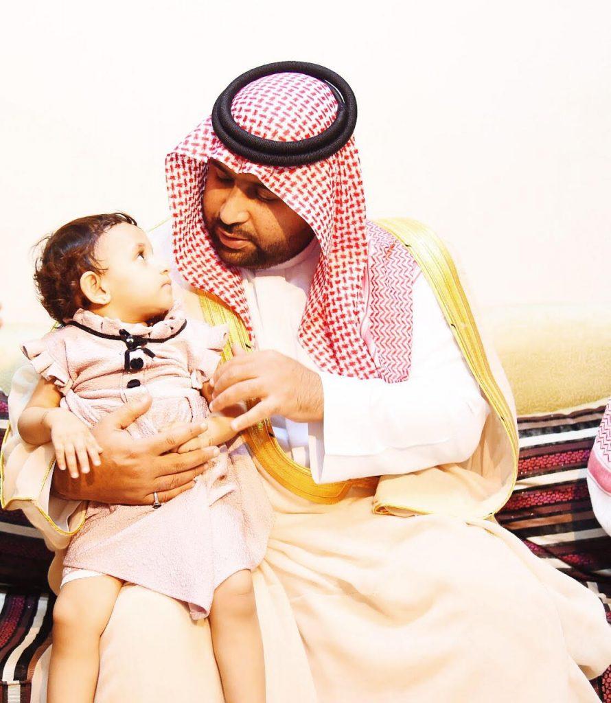 محمد بن عبدالعزيز .. لاح بدرا فعانقته الليالي