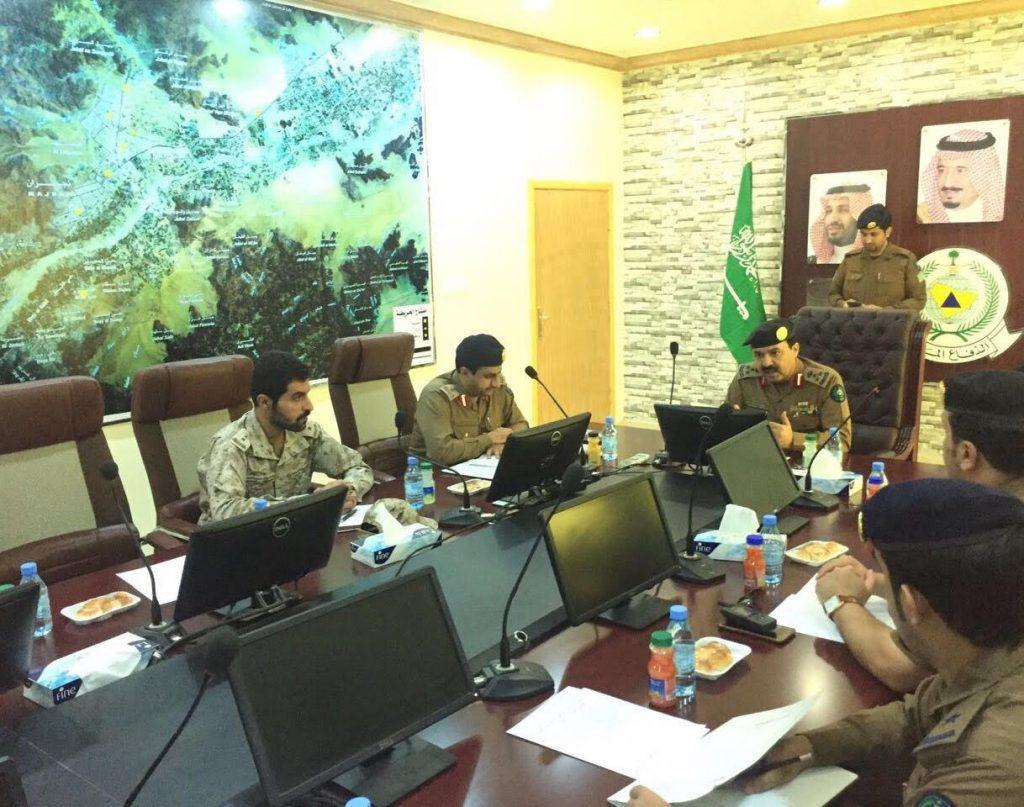 مدني نجران يعقد اجتماع لتعزيز أعمال الدفاع المدني لمواجهة اخطار الأمطار