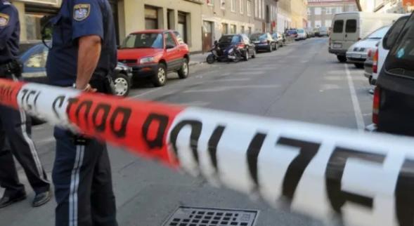 أب يقتل زوجته وطفلتيه وينتحر في النمسا