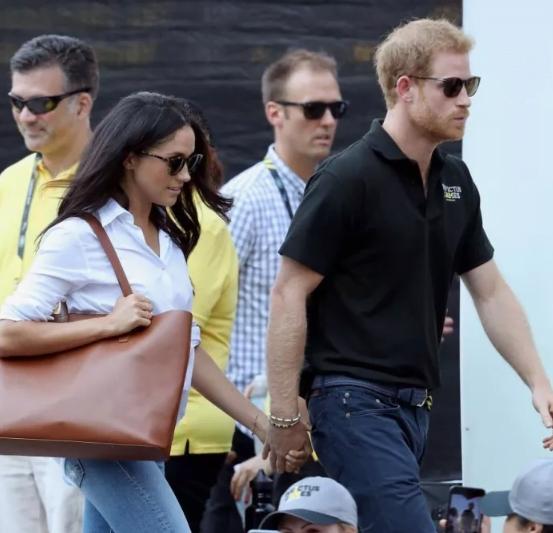 الأمير هاري يظهر علناً للمرة الأولى مع صديقته ميجان ماركل