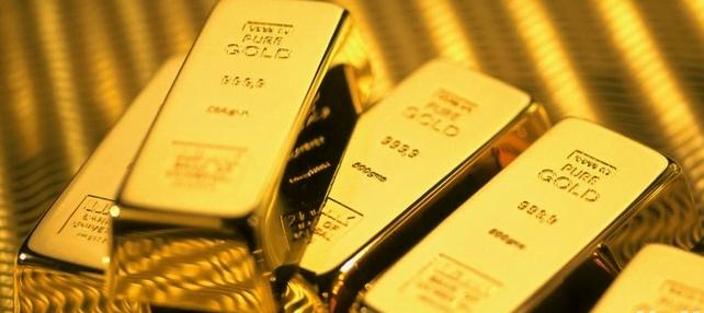 الذهب يرتفع ويحوم قرب أعلى مستوى في عام بفعل زيادة الطلب