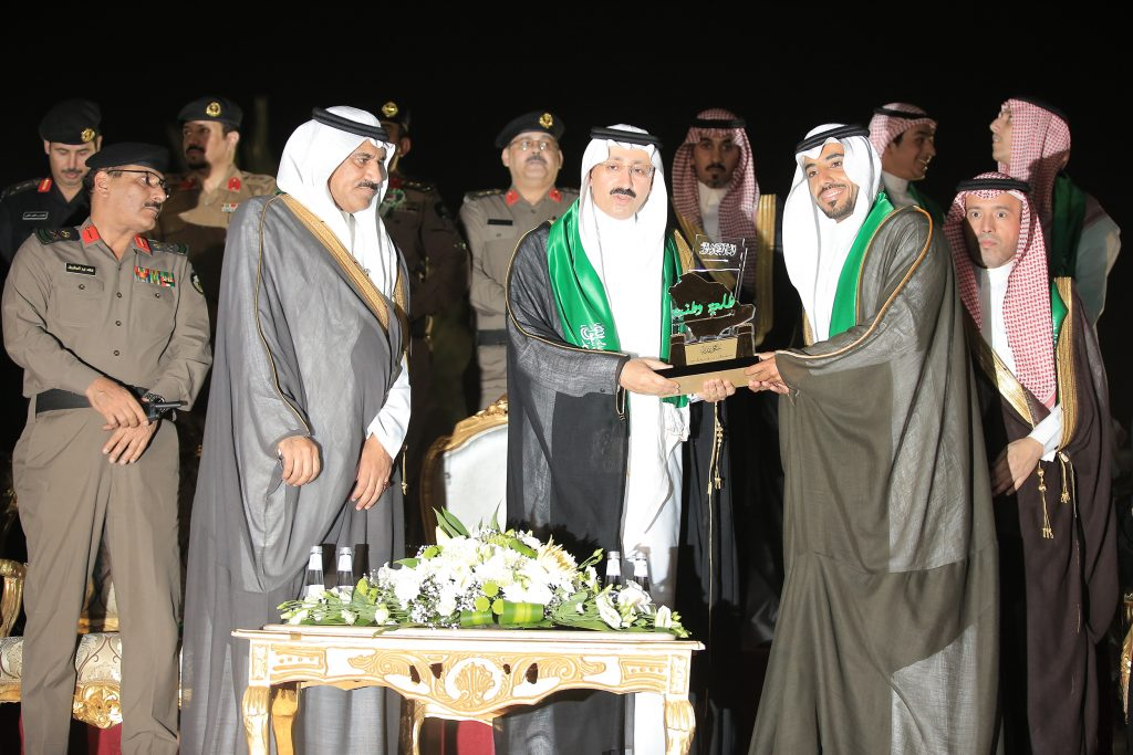 الأمير بدر يطلق احتفالية الأحساء ( طلعة وطنية ) بحضور 85 ألف زائر
