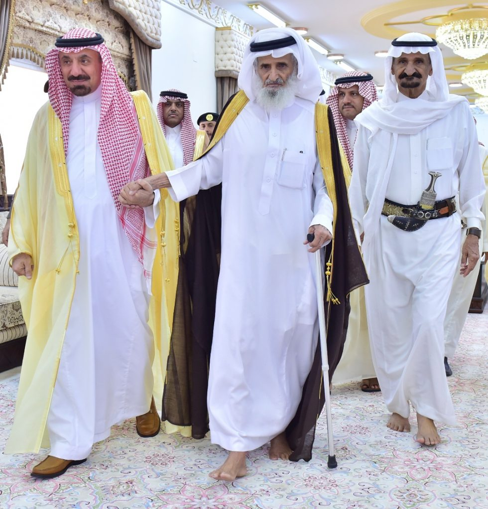 أمير نجران يعايد شيخ شمل قبائل جشم يام