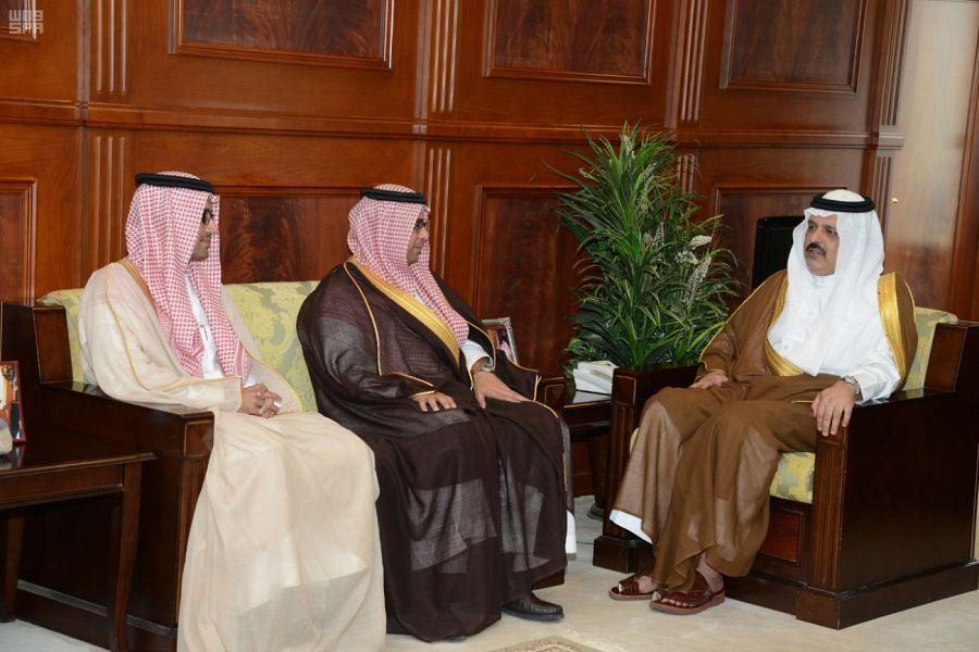 أمير حائل يجتمع مع نائب وزير النقل الذي أعلن إيجاد حلول شاملة للمشروعات المتعثرة