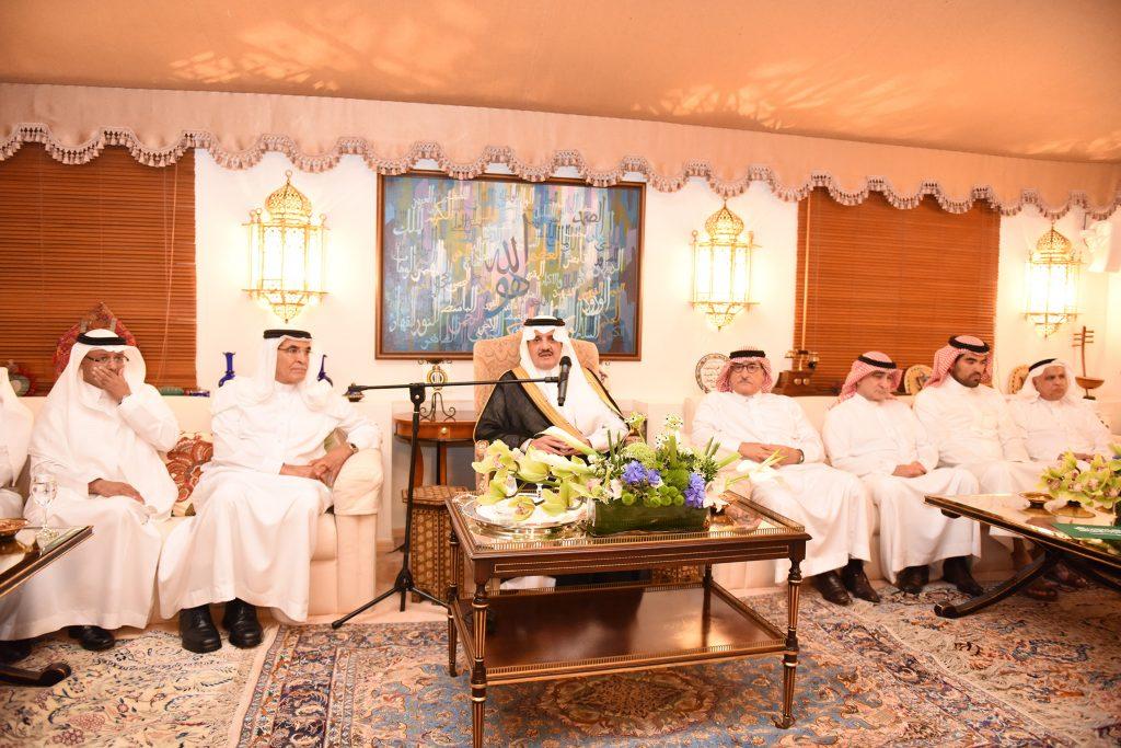 الأمير سعود بن نايف: تنسيق مع الصحة لردم الهوة بين عدد الأسر والاحتياج الفعلي لمستشفيات المنطقة الشرقية