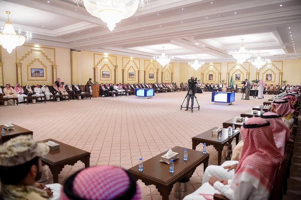 خلال جلسته الأسبوعية.. أمير القصيم: الممكلة مرجعية دولية لإدارة الحشود