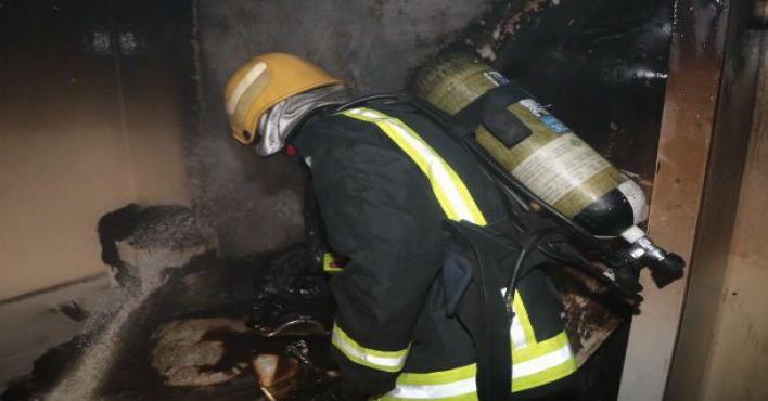 مدني مكة يسيطر على حريق بعمارة في حي الفيحاء