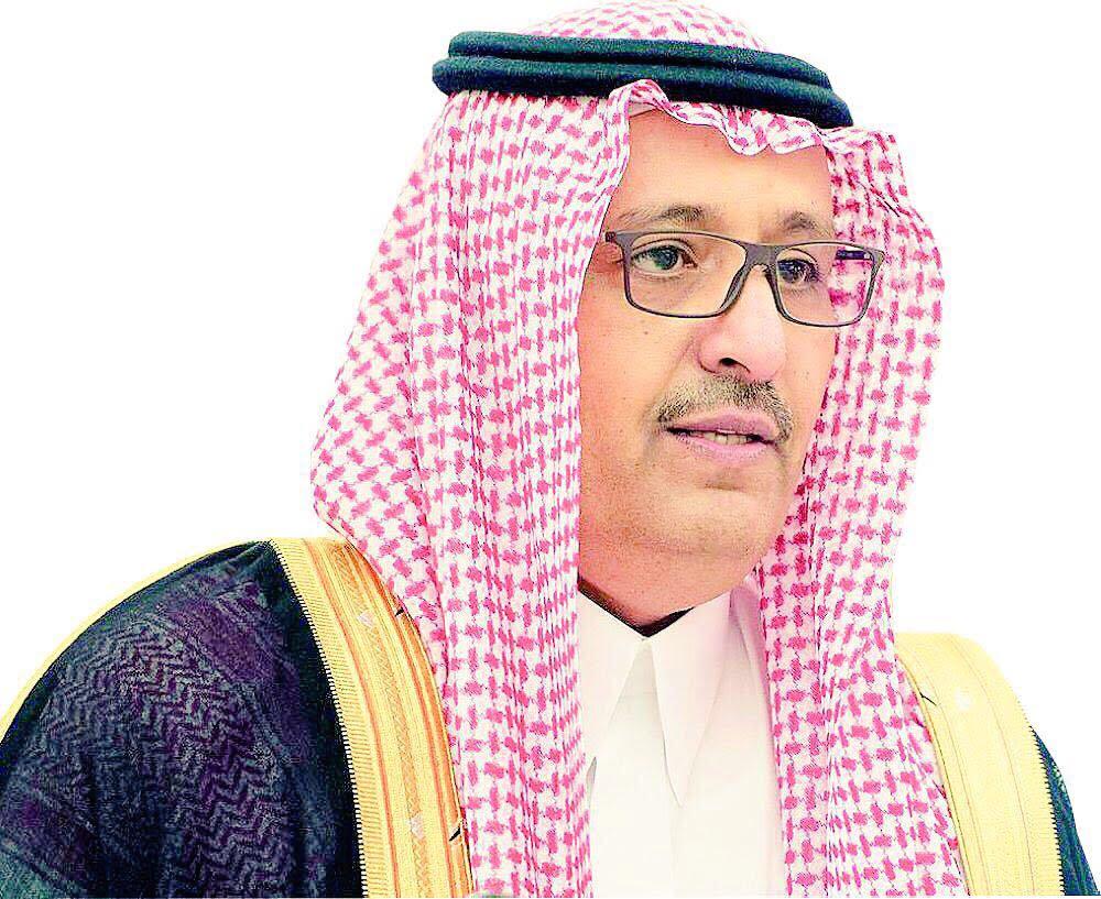 أمير الباحة ينقل تعازي القيادة لذوي الشهيد ناصر الزهراني
