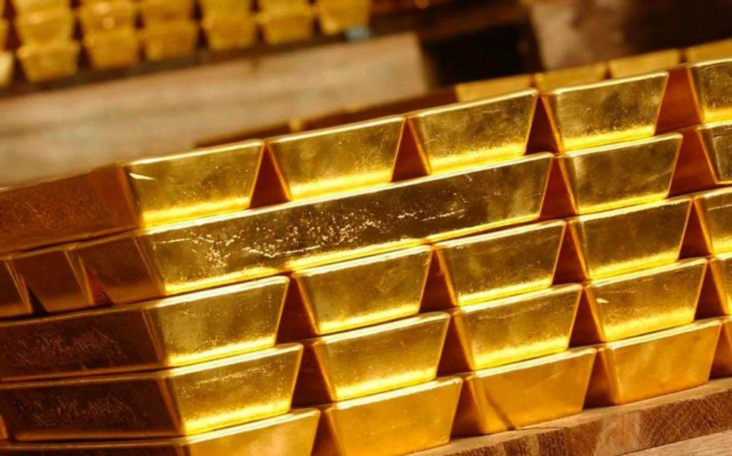 الذهب يتراجع متأثرا بتوقعات بشأن سياسة المركزي الأوروبي