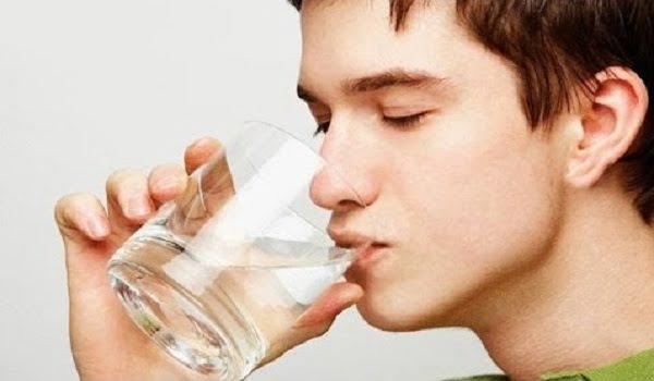 دراسة: المخ بحاجة إلى 2.5 لتر ماء يوميا لتعزيز كفاءة التركيز والذاكرة