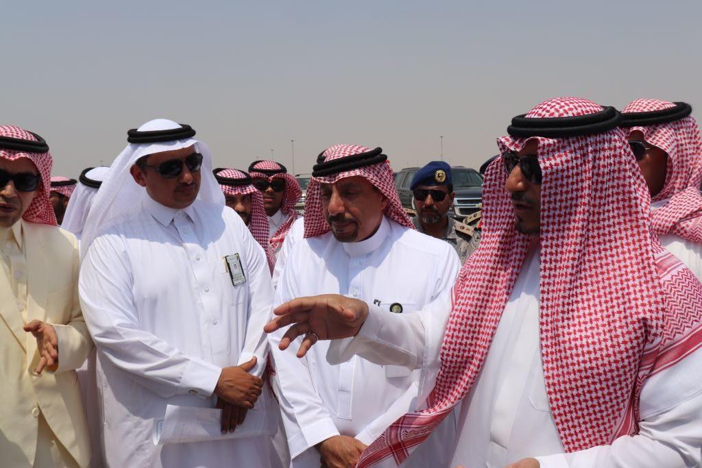 نائب أمير عسير يتفقد مشاريع أمانة المنطقة بالساحل ومشروع الواجهة البحرية بالحريضة