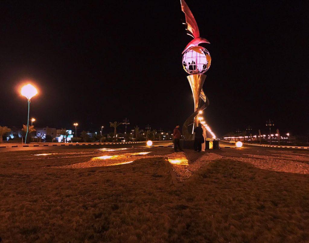 بلدية البدع تزين شوارع المحافظة استعداداً للاحتفال باليوم الوطني