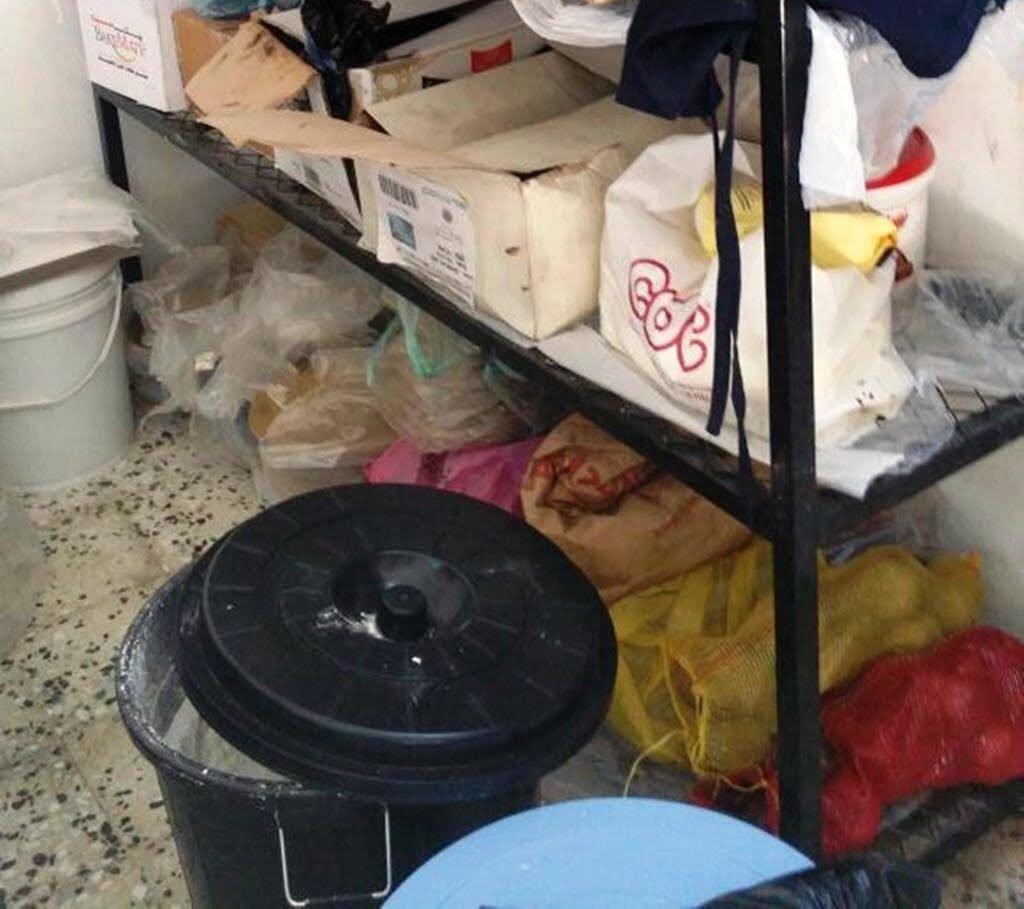 بلدية محافظة أملج تضبط مصنعاً مخالفاً للحلويات