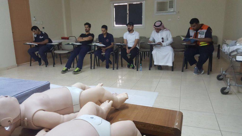 هلال تبوك ينفذ 140 دورة اسعافيه لـ  ( ٢٢١٦ ) متدرب ومتدربة
