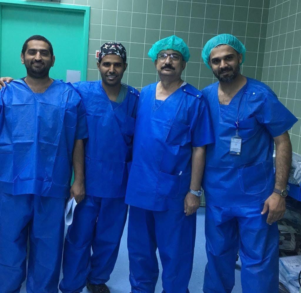 استغرقت 5 ساعات.. جراحة نوعية للحفاظ على يد مريض من البتر بمستشفى الملك فهد بجازان