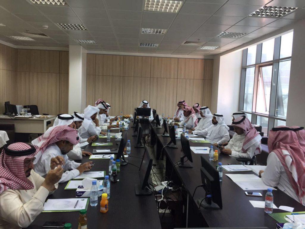 المجلس البلدي بأمانة منطقة عسير يعقد اجتماعه العادي رقم ( 28 )