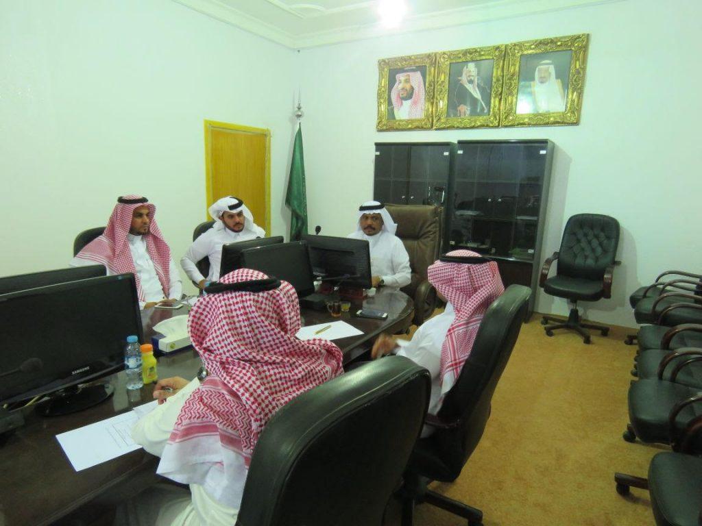 مجلس محافظة الدرب يناقش وضع الإصحاح البيئي والطريق الرئيسي بالمحافظة