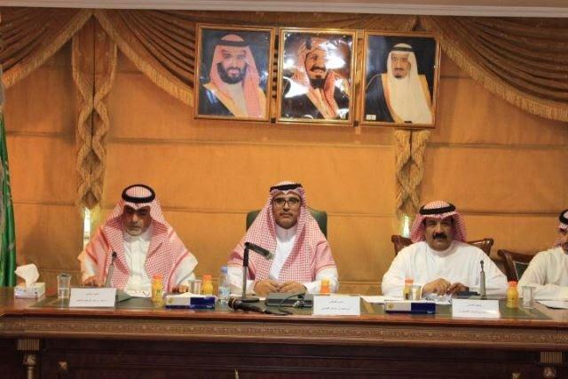 المجلس التعليمي بتعليم تبوك يعقد اجتماعه الأول بمشاركة طلاب وطالبات