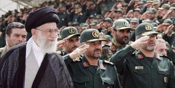 إيران «خائفة» من إدراج الحرس الثوري في لوائح الإرهاب