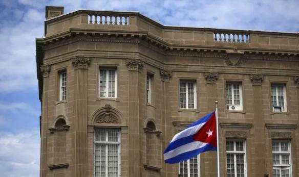 أميركا تعتزم طرد نحو ثلثي طاقم السفارة الكوبية