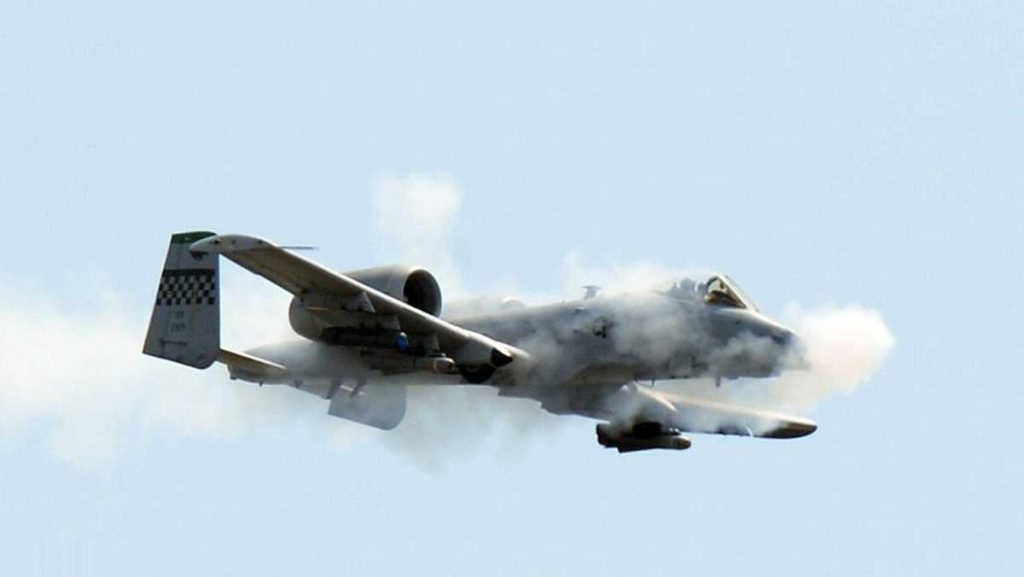 في ظروف غامضة .. تحطم طائرة أمريكية واختفاء أخرى
