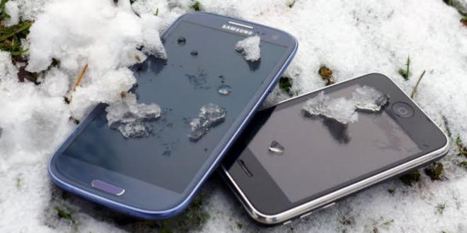 مخاطر الطقس البارد على الهواتف والأجهزة الإلكترونية