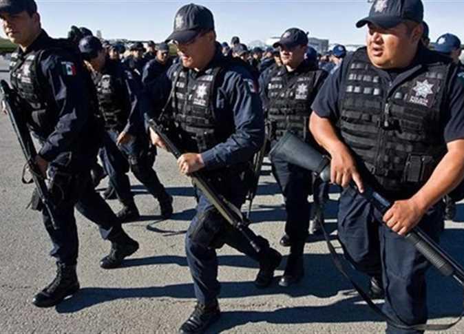 مصرع 7 جنود مكسيكيين جراء سقوط مروحيتهم