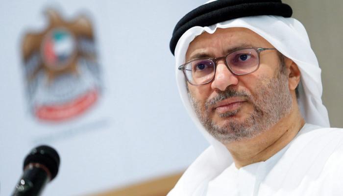 """قرقاش عن قطر بعد سحب الجنسية من مواطنيها: """"انقلب السحر عليها"""""""