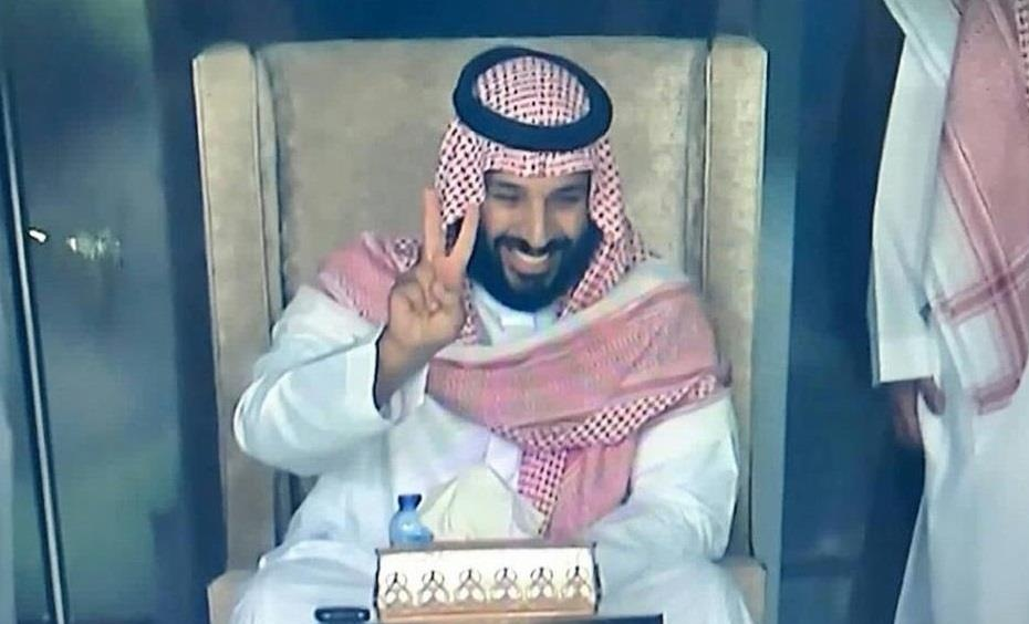 بث المباريات مجانا.. الأمير محمد بن سلمان يوجه بعدم تشفير مباريات الدوري