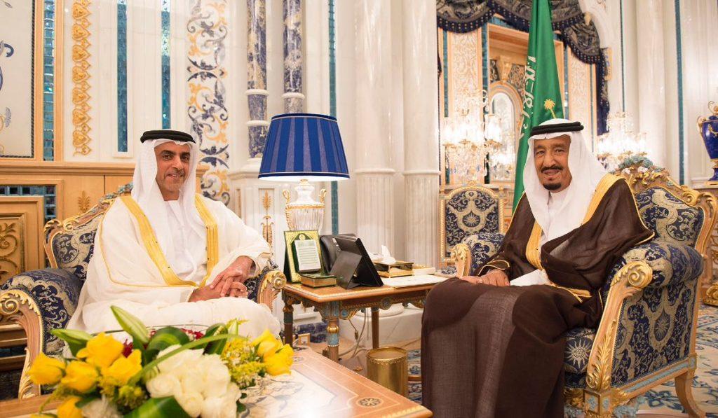 خادم الحرمين الشريفين يستقبل نائب رئيس مجلس الوزراء وزير الداخلية بدولة الإمارات
