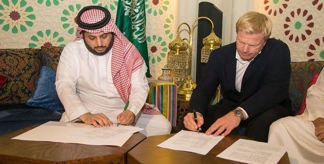 آل الشيخ يوقع عقدا لتأسيس أكاديمية رياضية مقرها الرياض